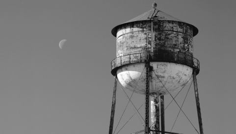 watertower-bg